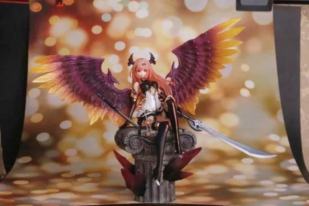 Dark Angel Olivia stand ver